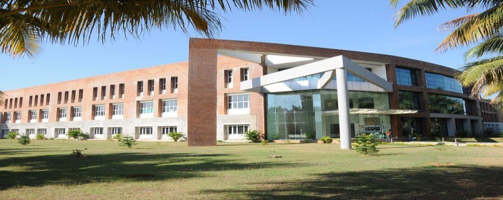 Salom Electronics India LLP